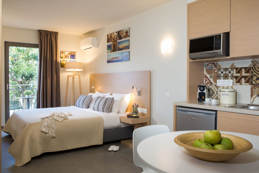 Sundance Apartments & Suites Hersonissos, Crete   Accommodation   Studios